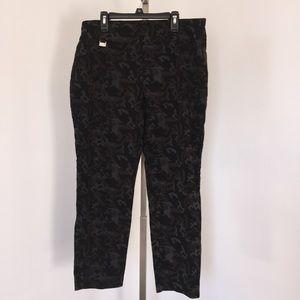 Premise Studio Camouflage Ankle Pants Size Large.